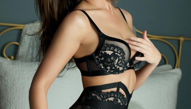 naples-boudoir-photography-lace-bra BRIAN